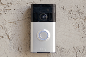 Who's at the Door? Here are the 5 Cool Doorbell Cameras