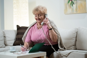 Why Bother with a Landline Phone - 3 Reasons Why Seniors Should Have One
